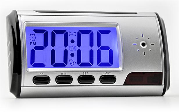 Spionkamera i väckarklocka, med fjärrkontroll + rörelsedetektor